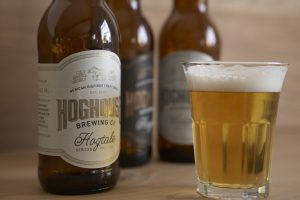 hoghouse_beer-with-bottlelr