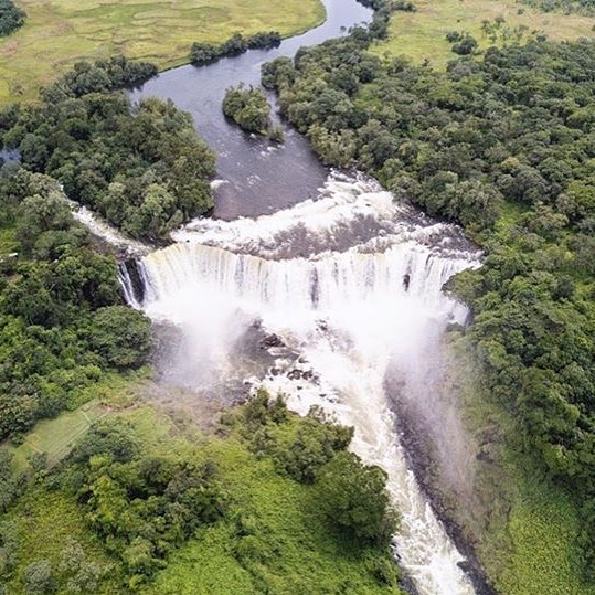 Lumangwe Waterfall